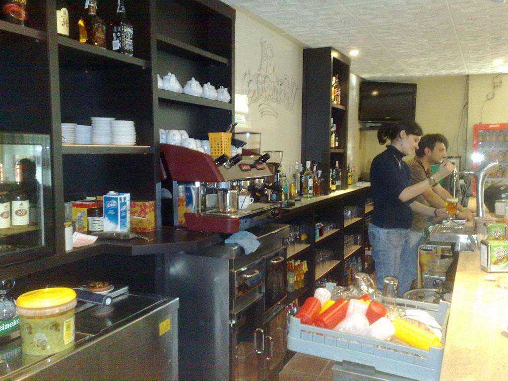 Bar en wengue