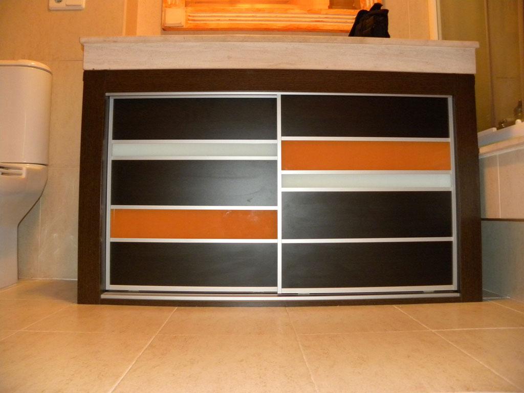 mueble bajo encimera wnegue naranja y blanco